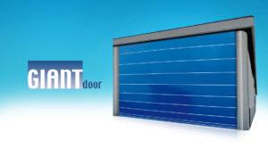 Dvostruki paneli velikih dimenzija izuzetne čvrstoća i otpornosti na udare vjetra čine ova hangarska vrata idealnim za zatvaranje ili razdvajanje velikih prostora s prolazom rezerviranim za kretanje vozila i robe.