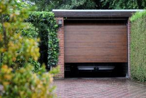 Ukoliko za Vaš dom želite garažna vrata s toplim i autentičnim izgledom drveta, Wood-Line je savršeno rješenje za Vas.