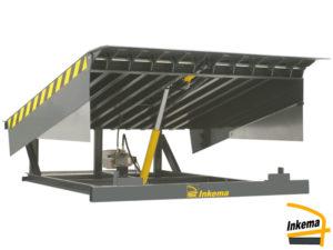 Pretovarna hidrauličlna rampa s preklopnom klapnom je jednostavno i efikasno rješenje za distributivna skladišta.